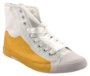 BE & D Rocker Chic White With Gold Athletic