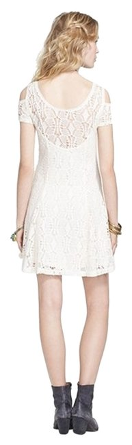Preload https://item2.tradesy.com/images/free-people-crochet-baby-doll-above-knee-short-casual-dress-size-8-m-926261-0-2.jpg?width=400&height=650