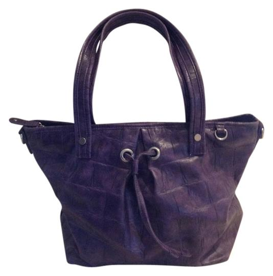 Preload https://item2.tradesy.com/images/jessica-simpson-purple-leather-tote-926441-0-0.jpg?width=440&height=440