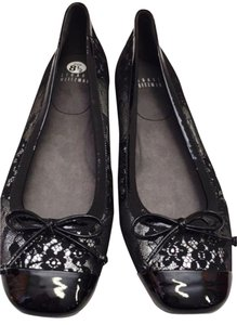 Stuart Weitzman Patent Lace Leather Black Flats