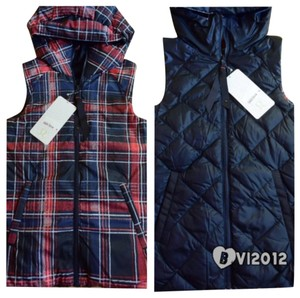 Lululemon New With Tags Lululemok The Fluffiest Vest Jacket size 2 Plaid Reversible Blue