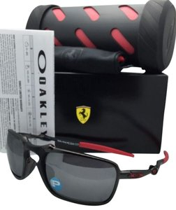 Oakley Polarized Scuderia FERRARI OAKLEY Sunglasses BADMAN OO6020-07 Carbon & Red Frame w/Black Iridium