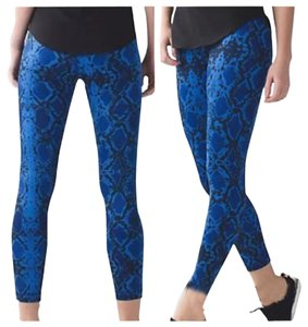 Lululemon New With Tags Lululemon High Times Mini Ziggy Snake Print Size 4