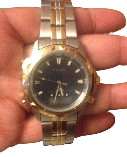 Preload https://item4.tradesy.com/images/pulsar-chrome-and-gold-men-s-watch-927578-0-0.jpg?width=440&height=440