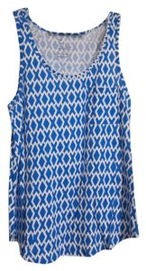 Gap Patterned Top Blue and White