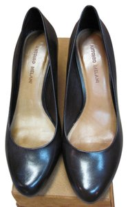 Antonio Melani Size 9.00 M Good Condition Brown Pumps
