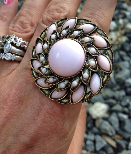 Boutique New Boutique Faux Pink Pearl & Brass Statement Stretch Ring