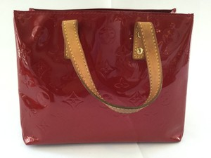 Louis Vuitton Vernis Reade Pm Monogram Satchel in Red