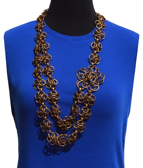 Preload https://img-static.tradesy.com/item/928176/oscar-de-la-renta-brass-necklace-0-0-540-540.jpg