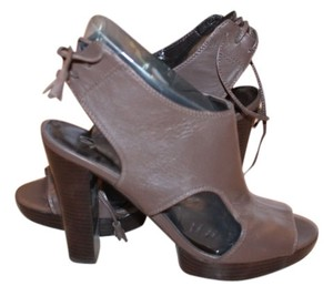 SPIEGELS BROWN Platforms