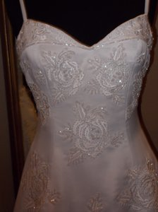 Glittering Roses Wedding Dress