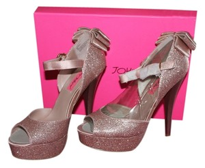 Betsey Johnson PINK METALLIC Pumps