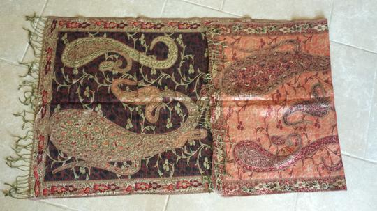Unknown Reversible Paisley scarf with gold accents and fringe