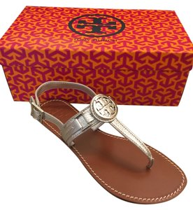 33043cd882a0 Tory Burch Flat Sandals - Up to 70% off at Tradesy