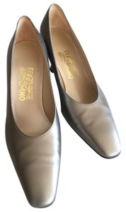 Salvatore Ferragamo pewter Pumps