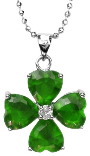 Preload https://item2.tradesy.com/images/green-pear-cut-ruby-necklace-930776-0-0.jpg?width=440&height=440
