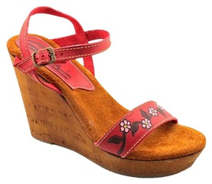 Sbicca Boho Leather Retro Red Leather Wedges