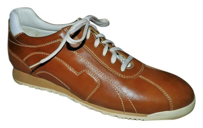 Item - Brown and Cream Sneakers Size US 7.5 Wide (C, D)