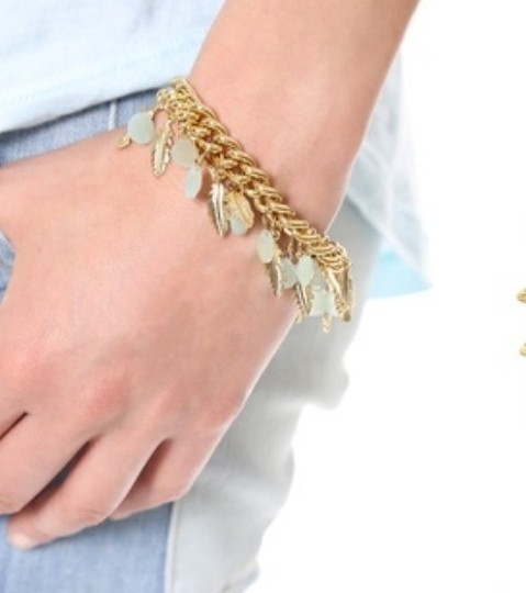 Juicy Couture JUICY COUTURE FEATHER CLUSTER CHARM BRACELET YJRU7969 NWB