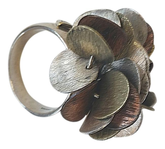 Item - Silver and Bronze No Ring