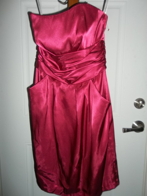 Item - Hot Pink Watermelon 83707 Modern Bridesmaid/Mob Dress Size 6 (S)