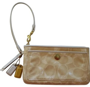 Coach Wristlet in Gold/Cream/Beige/White