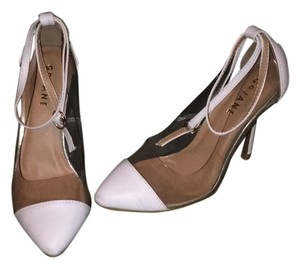 GoJane Pumps