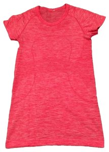 Lululemon Lululemon Run Swiftly Crew Neck Tee, Heathered Space Dye Pink, Size 6