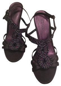 Kenneth Cole Reaction Beaded Black Sandals