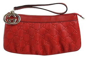 Gucci Leather Interlocking G Wrist Wallet Clutch 212203 6523 Wristlet in Red