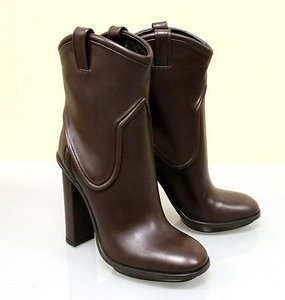 Gucci Runway Trish Leather Brown Boots