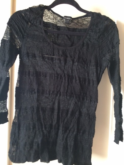 Forever 21 Sheath Lace Top BLACK