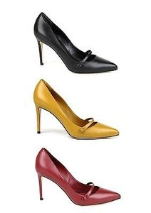 Gucci Classic Leather Pointy Pumps