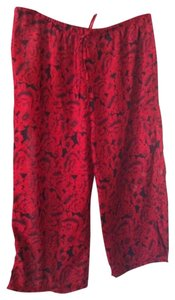 Sheer Comfy Light Capris RED/BLACK FLORAL