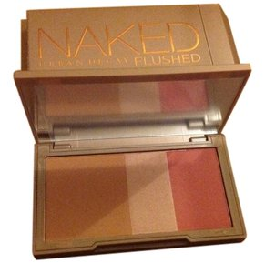 Urban Decay Authentic New Urban Decay Naked Flushed bronzer highlighter blush