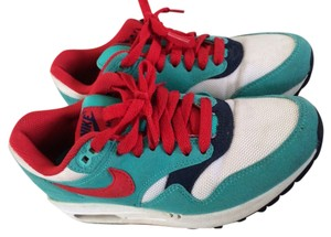 Nike Limited Edition Teal/Red Athletic
