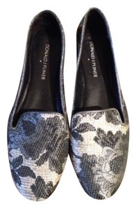 Donald J. Pliner Black and silver Flats