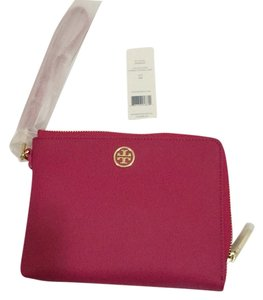 Tory Burch Wristlet in Carnation / Pink
