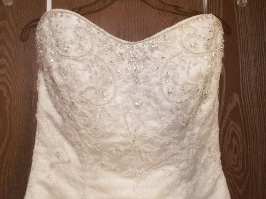 Casablanca Ivory Soft White 1827 Traditional Wedding Dress Size 2 XS