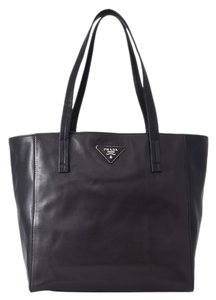 Prada Shopping Shopping Leather Leather Tote in Black/Brown