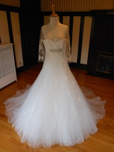 Pronovias Daifa Wedding Dress