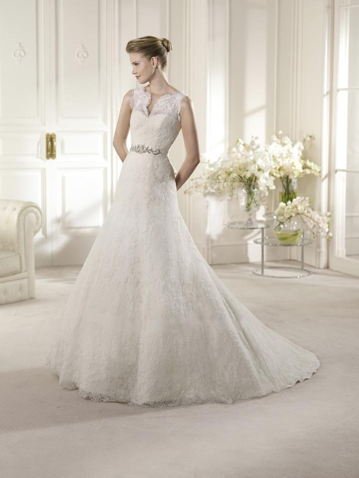 Pronovias off white amman formal wedding dress size 8 m tradesy 123456789 junglespirit Images