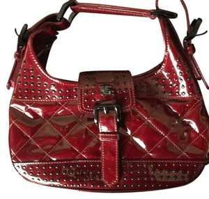 5fc29a21a48c Red Burberry Hobo Bags - Up to 90% off at Tradesy