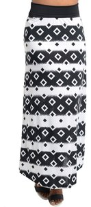 New York Urban Fashions Maxi Skirt Black and White