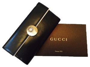 Gucci gucci 231835 black leather eclipse continental w/coin wallet