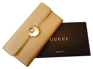 Gucci Gucci 231835 Beige Leather Eclipse Continental W/ Coin Wallet