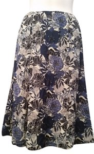 Nine West Navy Black Skirt Blue and White Floral