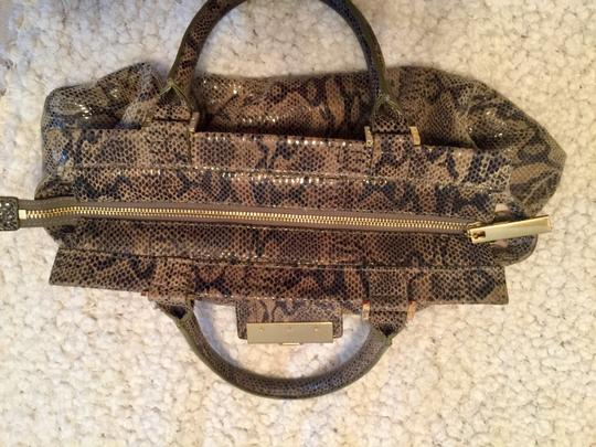 Tory Burch Leather Patent Leather Hardware Satchel in Green black gold snake multi