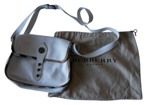 Burberry Travel Leather Vintage Cross Body Bag