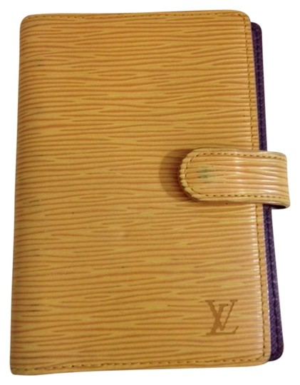 Preload https://item3.tradesy.com/images/louis-vuitton-epi-yellow-purple-w-agenda-pm-planner-w-insert-939182-0-0.jpg?width=440&height=440